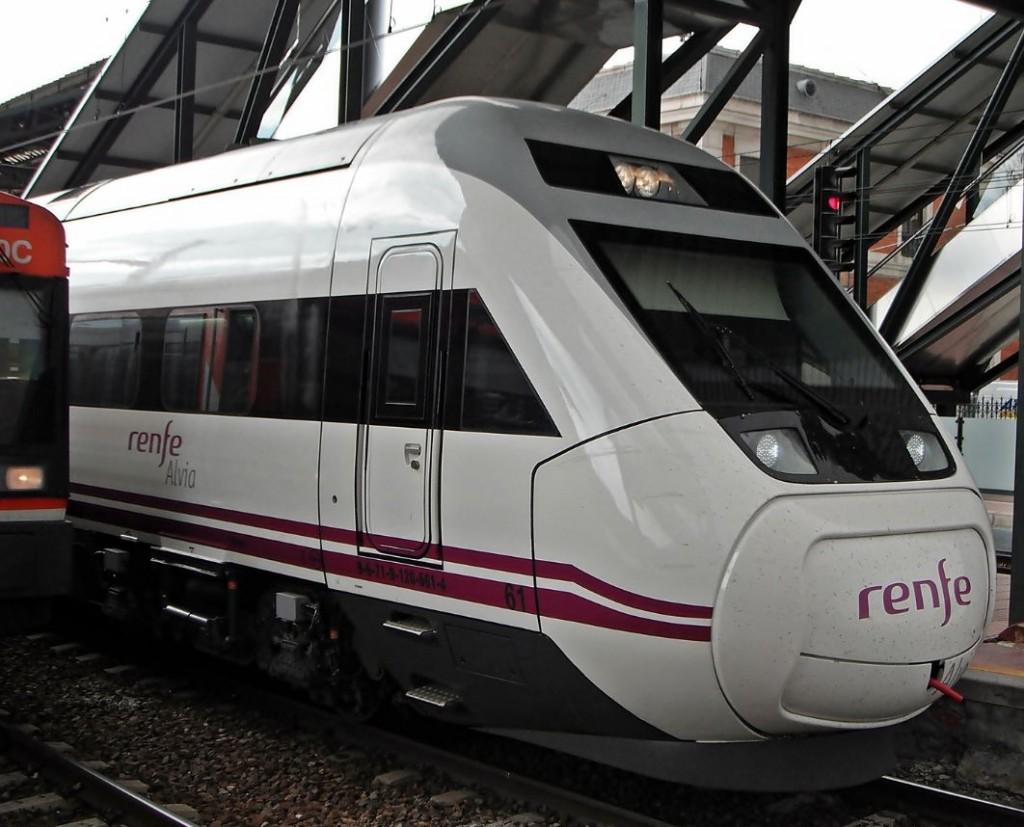 Viaja en tren a la Festa dos Maios