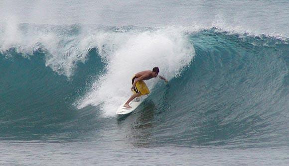 Disfruta haciendo surf también en invierno