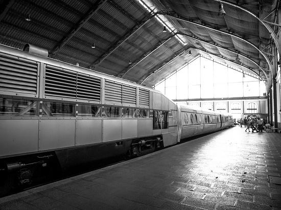 Celebrar San Juan viajando en tren a distintos lugares