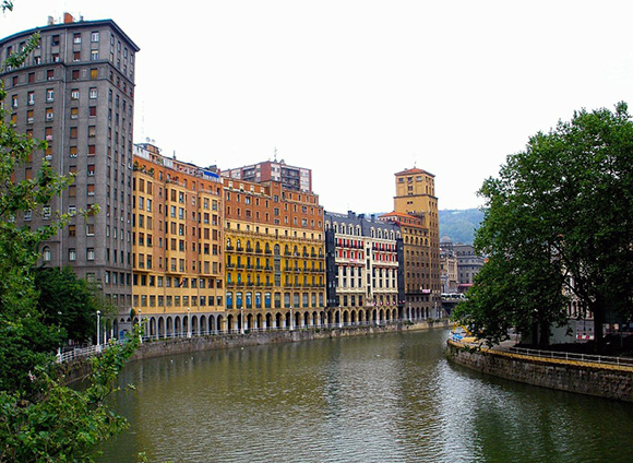 Disfruta conociendo Bilbao durante este nuevo año 2017