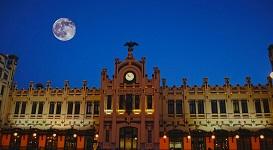 Cada vez más usuarios viajan en tren a y desde Valencia
