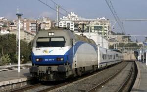 Refuerzos en los servicios ferroviarios a Madrid y Barcelona para Semana Santa