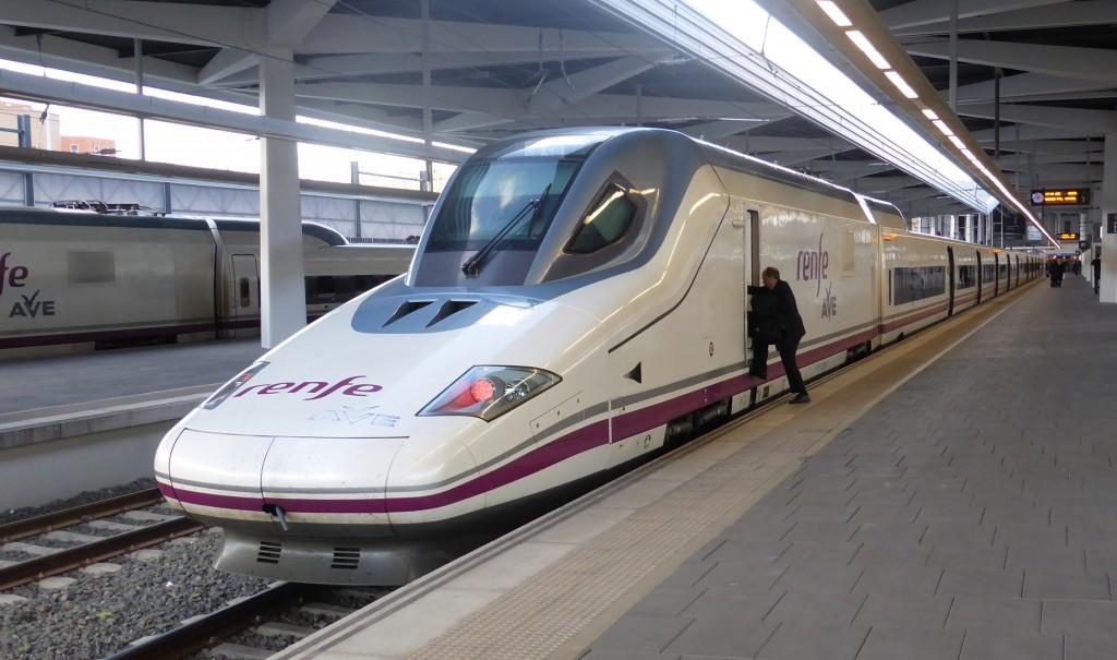Los trenes AVE ganan al avión