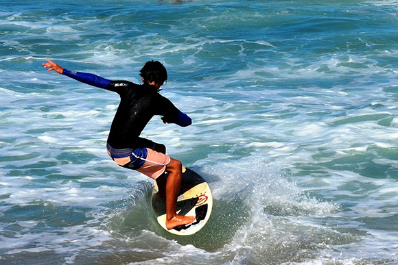 ¿Dónde hacer surf en Asturias?