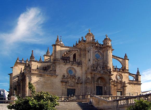 Haz un viaje barato en tren a Jerez este verano