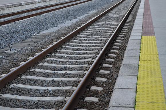 Renuevan la línea de trenes Badajoz Ciudad Real julio 2019