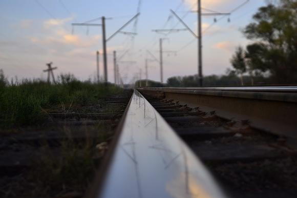 La vía de trenes Ourense Lugo se moderniza este 2020